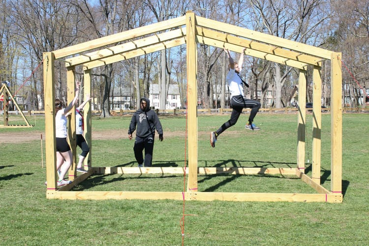 hc-pictures-grit-n-wit-obstacle-course-2015042-038
